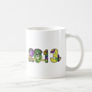 2013年の謝肉祭のニュー・オーリンズの単語の芸術 コーヒーマグカップ