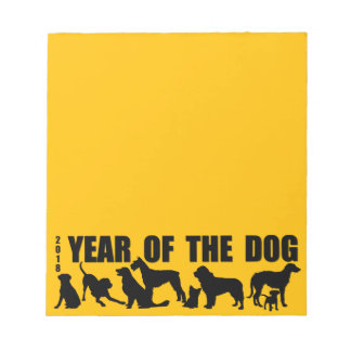 2018年間の犬の黄色のメモ帳 ノートパッド