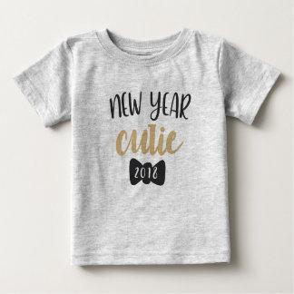 2018新年のかわいこちゃんのベビーのTシャツ ベビーTシャツ