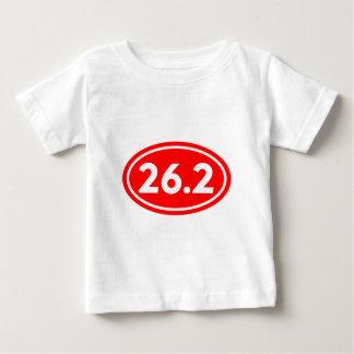 26.2マラソンの楕円形の赤(#GEO5) ベビーTシャツ
