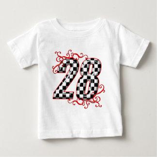 28人のチェッカーの旗数 ベビーTシャツ