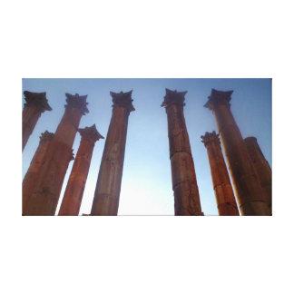 2 Jerashのローマのコラム キャンバスプリント