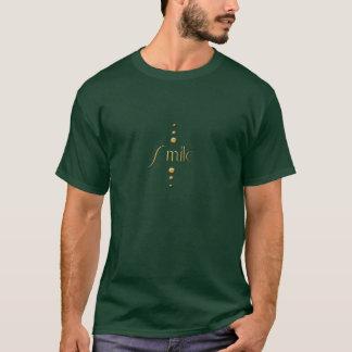 3つの点の金ゴールドのブロックのスマイル及び緑の背景 Tシャツ