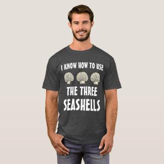 3つの貝殻のミーム Tシャツ