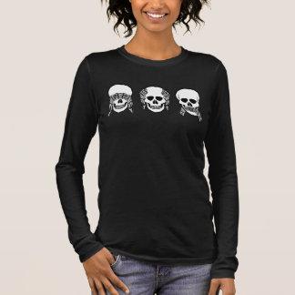 3つの賢いスカルは、悪を見ませんでしたり、聞きましたり、話します Tシャツ