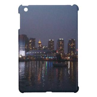 3つを均等にするバンクーバー iPad MINI CASE