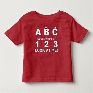 3プリントであるABCの一見 トドラーTシャツ