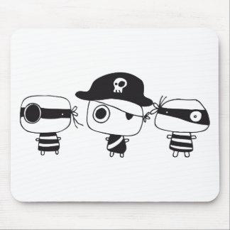 3人の海賊黒 マウスパッド