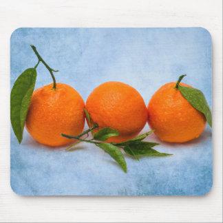 3個の蜜柑 マウスパッド