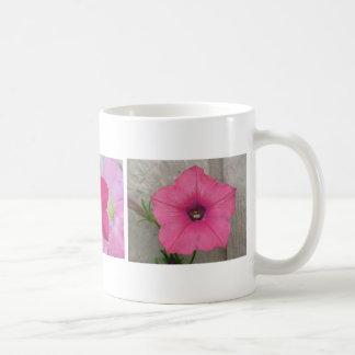 3匹のピンクのペチュニア コーヒーマグカップ