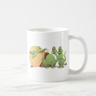 3匹のフレンドリーな恐竜 コーヒーマグカップ