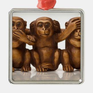 3匹の木猿の切り分けること メタルオーナメント