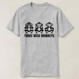 3匹の賢い猿は邪悪なTシャツを話すために聞くために見ません Tシャツ