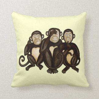 3匹の賢い猿 クッション