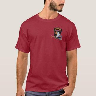 327th歩兵の101st AbnのTシャツ Tシャツ