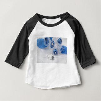 374_2_istock_000000574413xsmall ベビーTシャツ