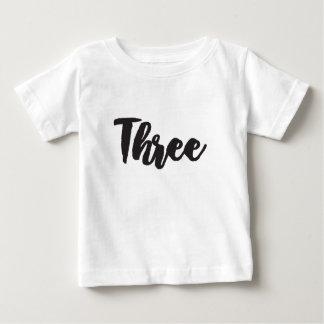 3 ベビーTシャツ