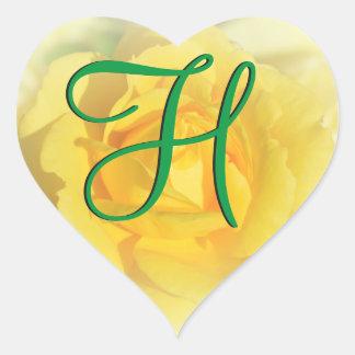 3dモノグラムの黄色バラ ハートシール