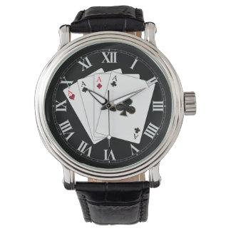 4つのエースのトランプの腕時計 腕時計