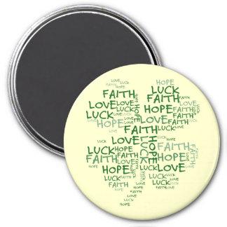 4つの葉のクローバーの意味: 希望、信頼、愛、運 マグネット