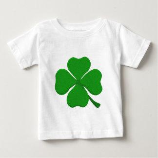 4つの葉のクローバー ベビーTシャツ