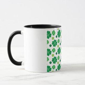 4つの葉のクローバーSt patricks day マグカップ