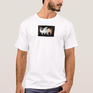 4匹の猫 Tシャツ