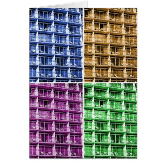 4色のホテルのバルコニーは写真の挨拶状の議長を務めます カード