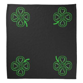 4黒い緑のハートのクローバーのセントパトリックのバンダナ バンダナ