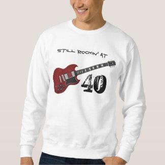 40のまだRockin、赤く及び黒いギター スウェットシャツ