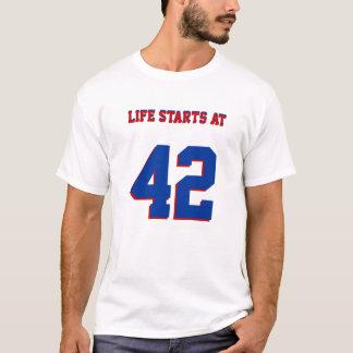 42おもしろいな第42誕生日の生命開始 Tシャツ