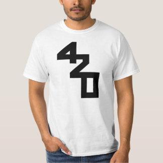 420インターナショナル Tシャツ