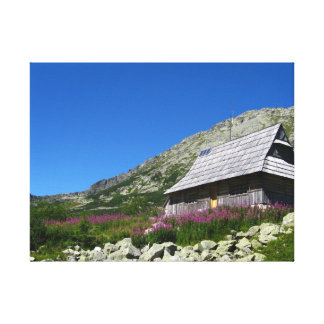 5つの池の谷のTatrasのキャンバスプリントの小屋 キャンバスプリント