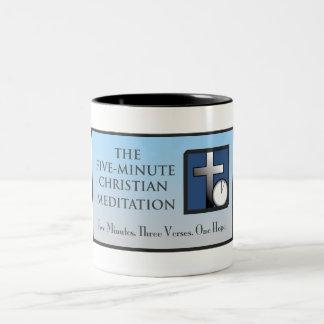 5分のキリスト教の黙想のマグ ツートーンマグカップ