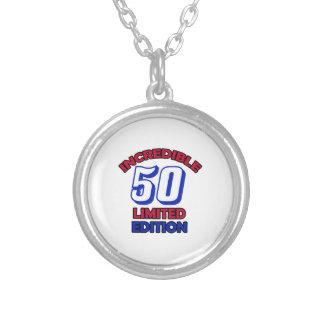 50の誕生日のデザイン シルバープレートネックレス