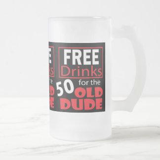 50歳の誕生日の男のための飲み物を解放して下さい フロストグラスビールジョッキ