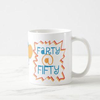 50第50誕生日のギャグのギフトのおもしろいなFarty コーヒーマグカップ