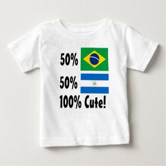 50%のブラジル人かわいい50%ニカラグア100% ベビーTシャツ