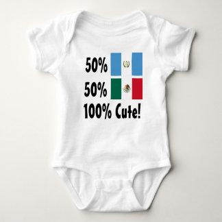 50% Niraguan 50%のメキシコ人かわいい100% ベビーボディスーツ
