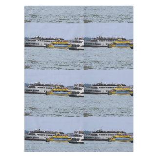 """52""""はx70""""テーブルクロスの船のboat湖海に水をまきます テーブルクロス"""