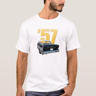 「57 Chevyの背面図 Tシャツ