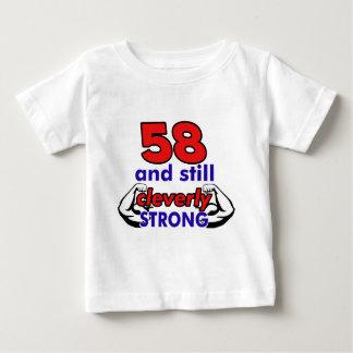 58の誕生日のデザイン ベビーTシャツ