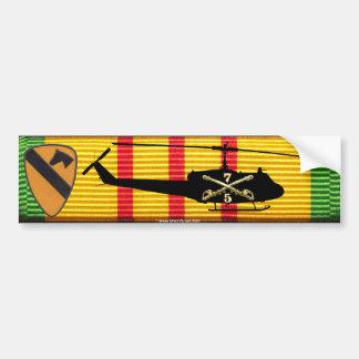 5/7th騎兵隊、第1 Cav。 DivのUH-1バンパーステッカー バンパーステッカー