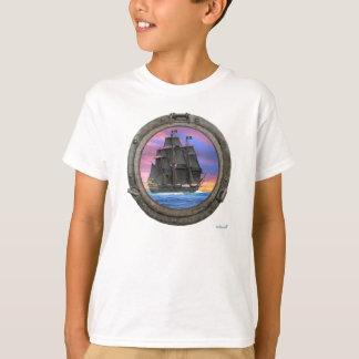 7つの海の黒い帆 Tシャツ