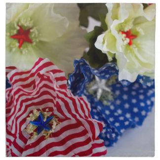 7月の花の花束の愛国心が強い米国旗第4 ナプキンクロス