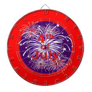 7月の花火のお祝いの明るい赤第4 ダーツボード