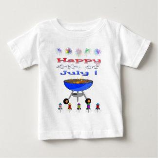 7月のCookoutの乳児のTシャツの第4 ベビーTシャツ