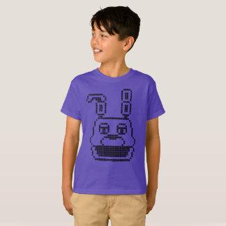 8ビットキャラクターの(魅力的な) Tシャツ