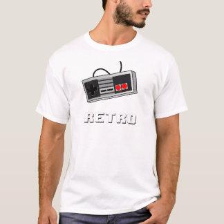 8ビットレトロのコントローラー-ティー Tシャツ