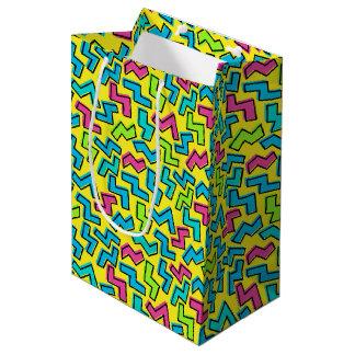 80年代か90年代のレトロのネオンパターン ミディアムペーパーバッグ